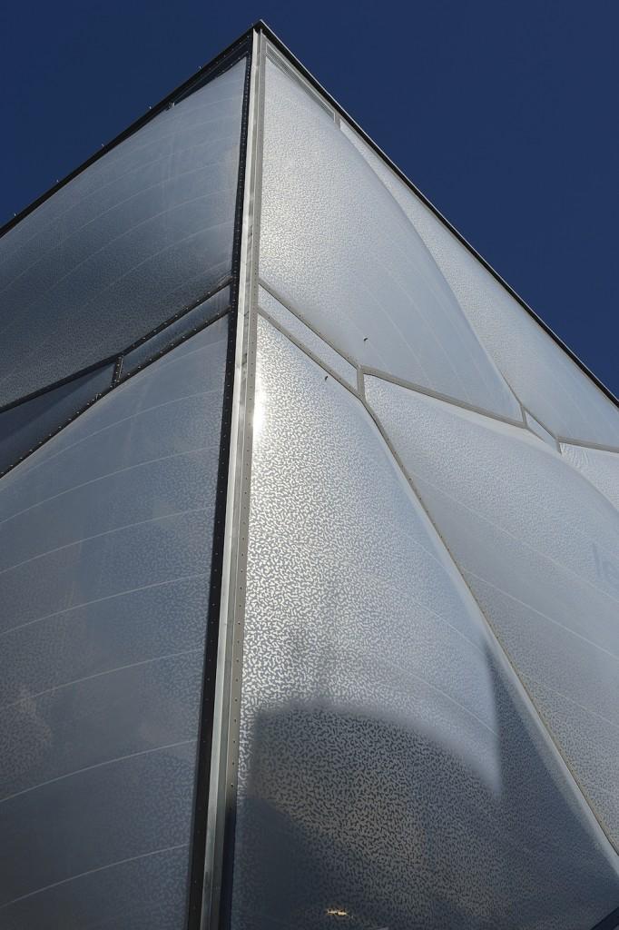 Starck Nuage 3 682x1024 - Philippe Starck, le nuage et l'architecture