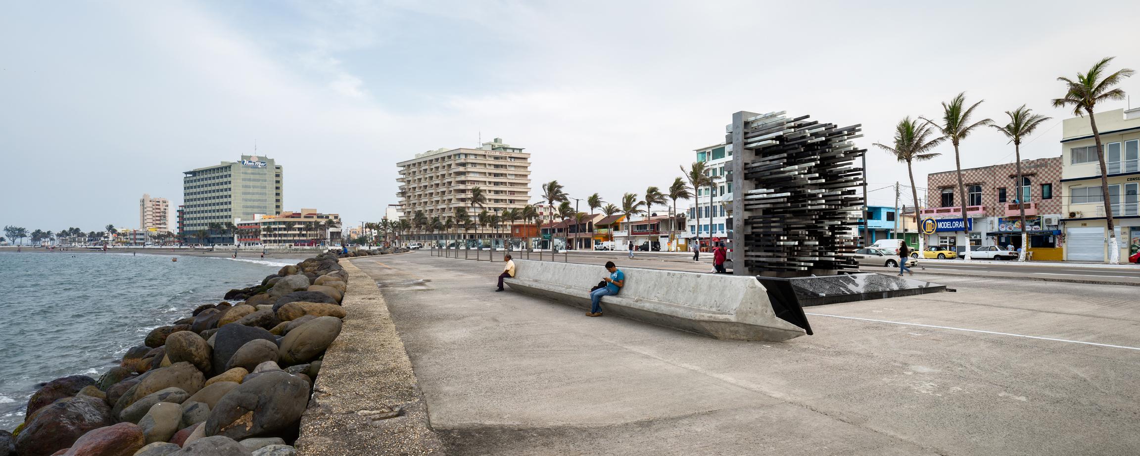 ARCHETONIC Monumento 04 - Jacobo Micha : commémoration à Veracruz